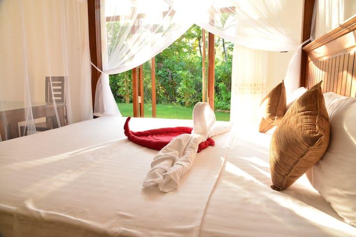 Villa Exclusive - private room - 250m to beach