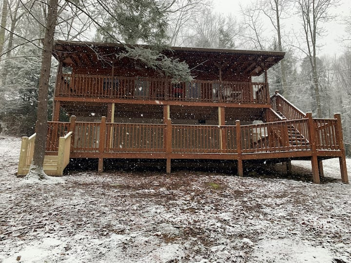 Tennessee Dream: Cabin, Wears Valley Pigeon Forge