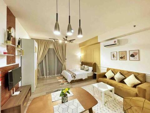 CAIRO Suite | Warm & cozy Studio in Bangsar South