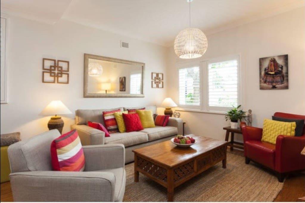 Spacious and comfortable lounge room