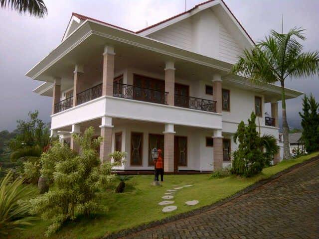Exclusive Family Villa - Prigen