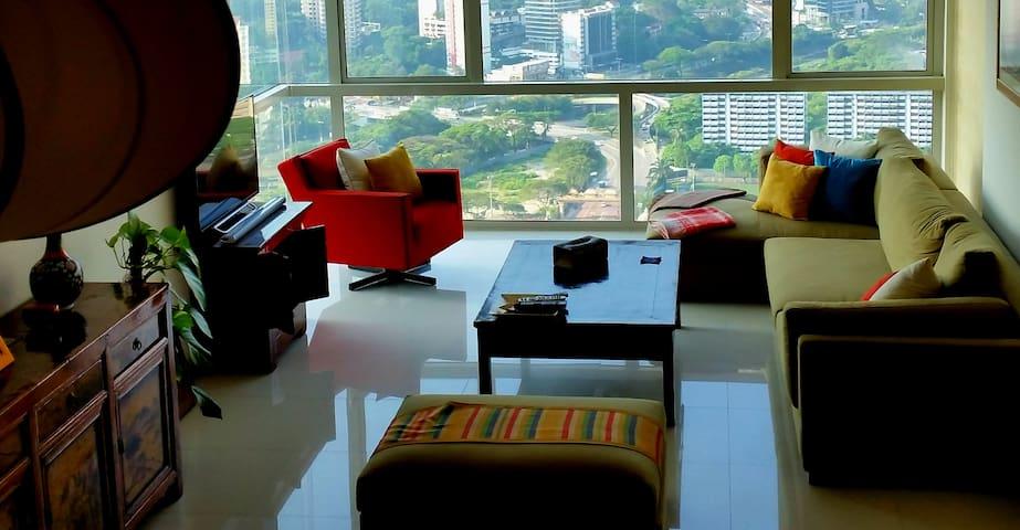 Luxury Top Flr Apt in KL Sentral - Kuala Lumpur - Appartement