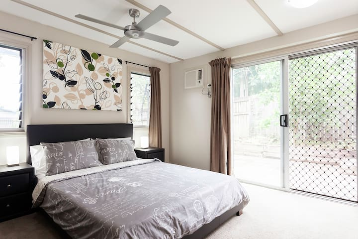Air conditioner and fan and bedside reading lamp