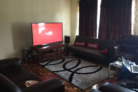 furnished private room in Kilimani - Lakás