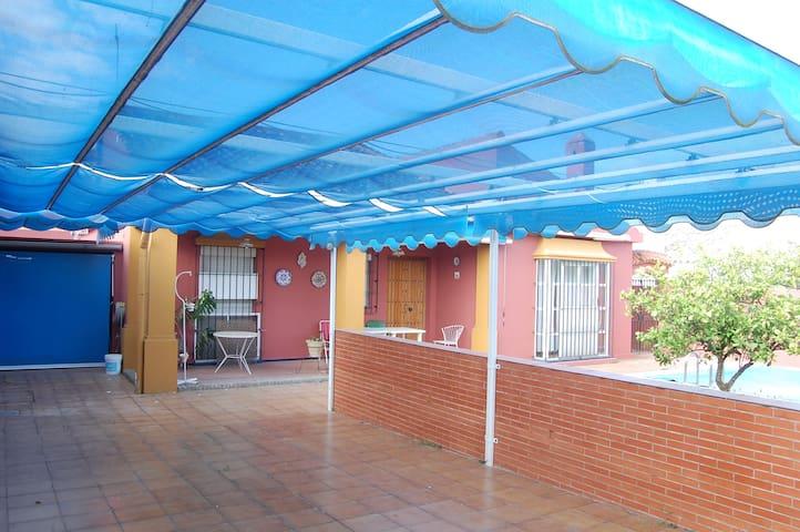 Casa a 12 minutos de Sevilla - Valencina de la Concepción - Huis