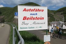 A Regular Ferry takes you across the Mosel to Beilstein from Ellenz
