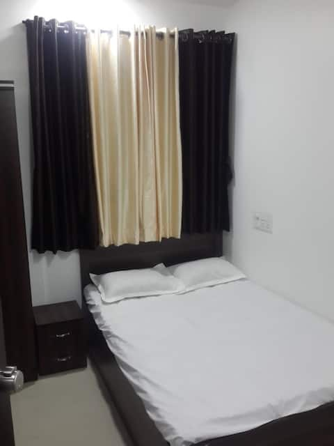 Small Single Bed Non AC near Aurangabad Railway Station