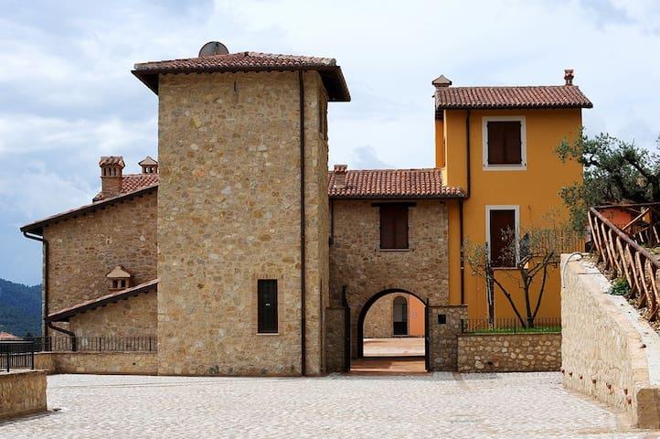 Delizioso bilocale in Borgo - Montefranco - Appartement