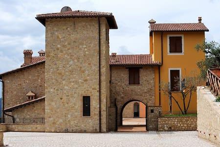 Delizioso bilocale in Borgo - Montefranco - Flat