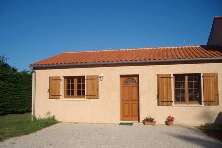 Gîte calme pour vacancier/curistes - Sablonceaux - Rumah