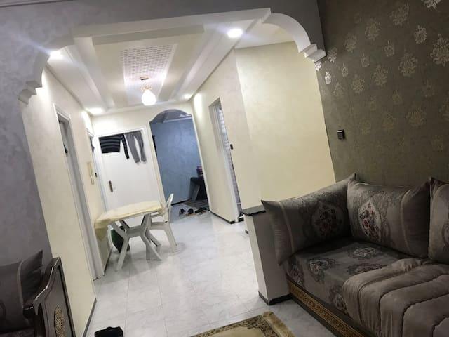 Belle appartement bien situé et bien équipé