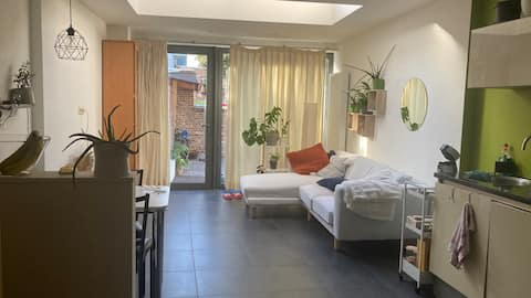 1-bed room available in cosy house