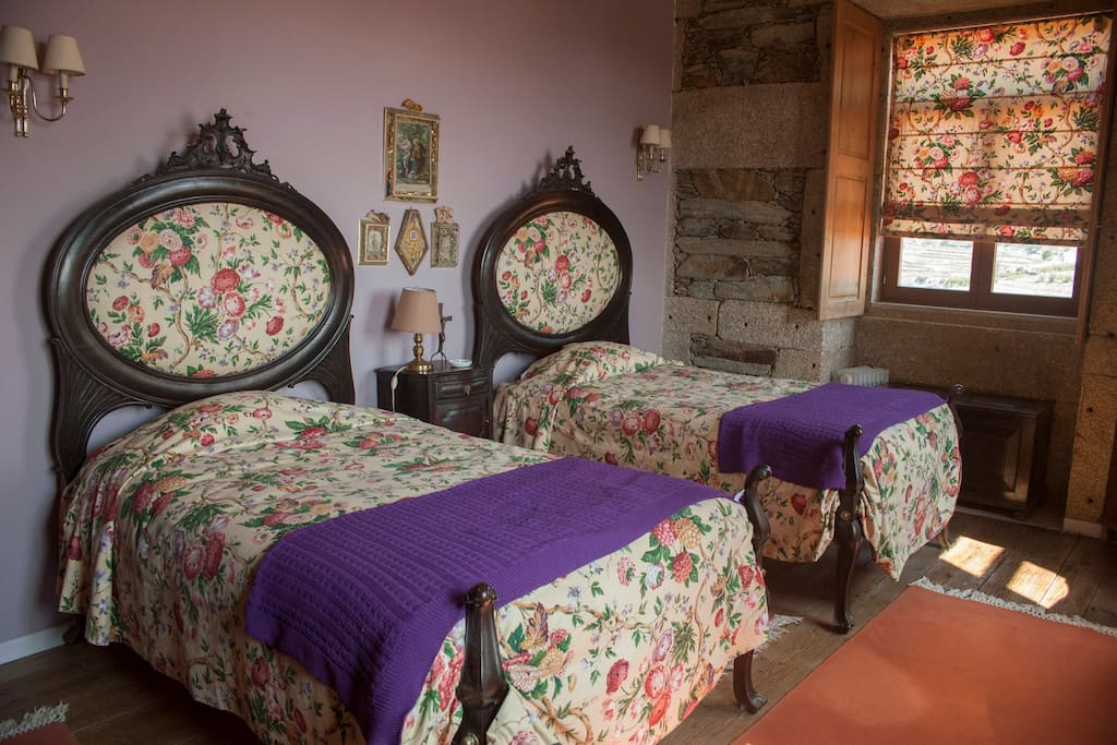 #2 - Single/Double Room with private bathroom