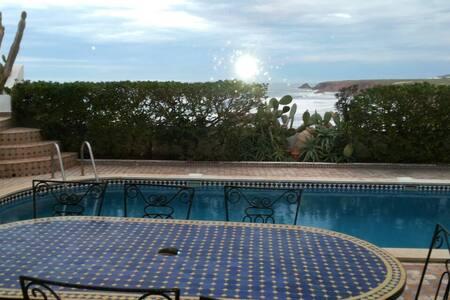 Magnifique Villa en bord de mer - Mirleft - Villa