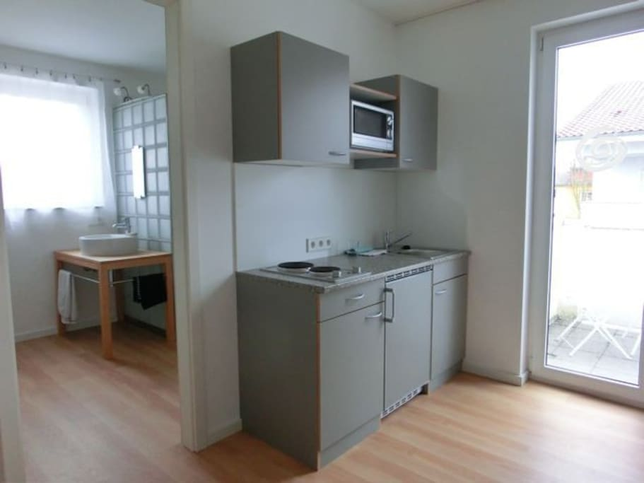 1 zi apartment m bliert k bad hell appartamenti in for Offenburg germania