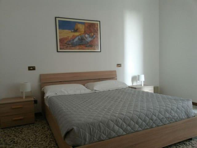 Grande appartamento 150 mt da spiaggia di Rimini!