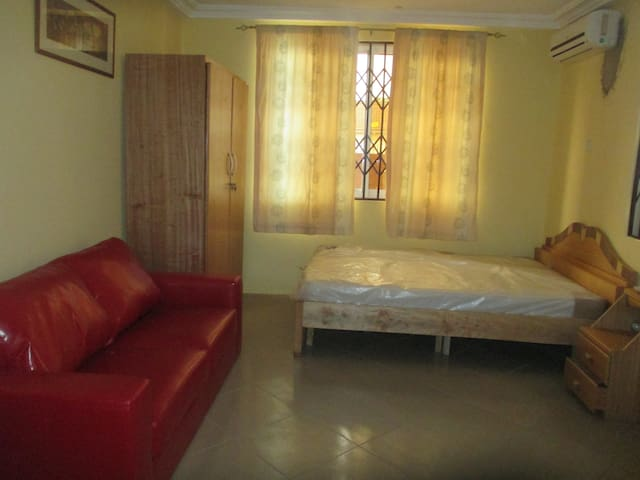 Great rooms in Accra Ghana - Kwabenya