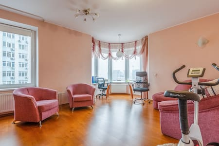 Stylish 2 bedroom apartment with beautiful view