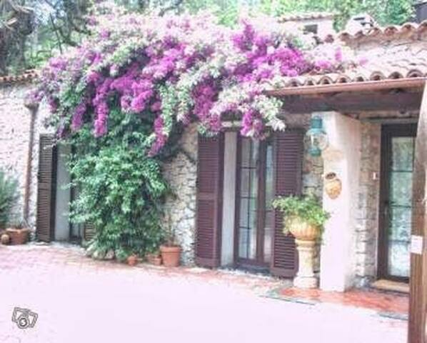 Casa antica dei fiore - finale ligure finale ligure - House