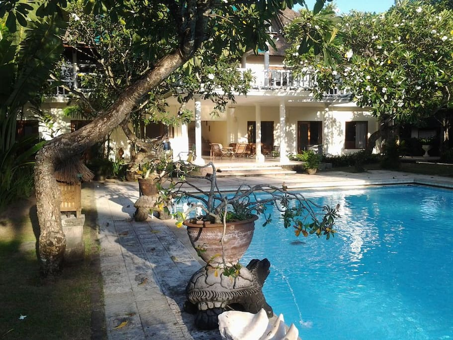 3 br villa in front of Jimbaran Bay beach