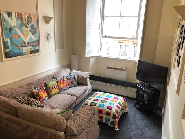 Amazin location flat at the heart of city center
