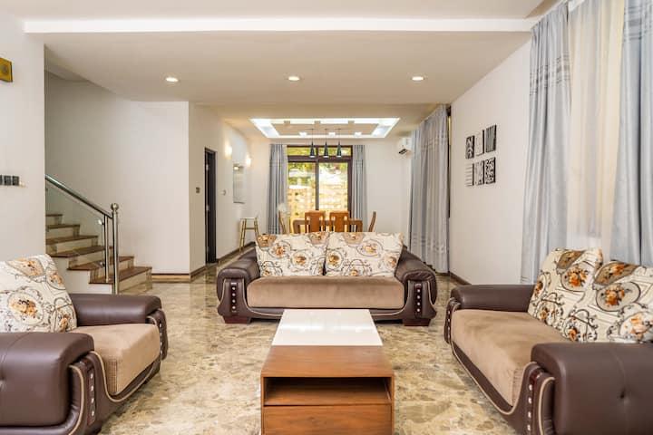 Cozy villa located on a Premium location in Masaki