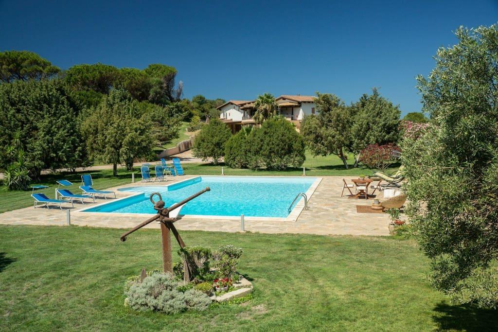 villa avec piscine priv e sud ouest sardaigne villas