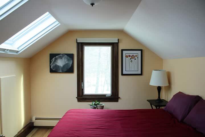 Bee Haven - Room #3