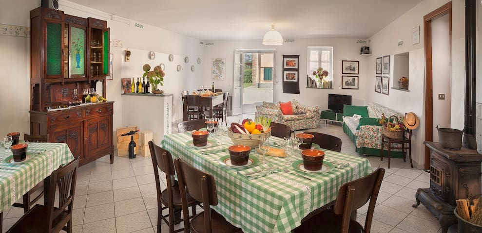 Large apartm in Langhe now UNESCO  - Treiso - Apartemen
