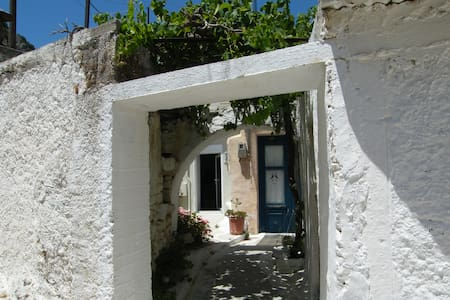 Terrace house in Kritsa, 9km to sea - Agios Nikolaos