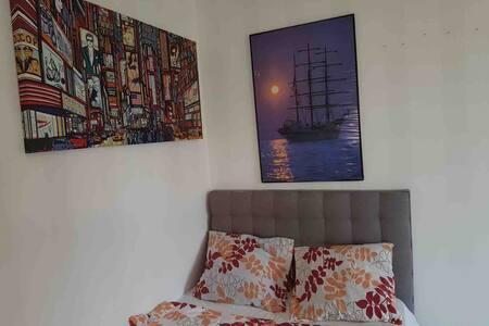 Fint rum i Adolfsberg, nära till centrum