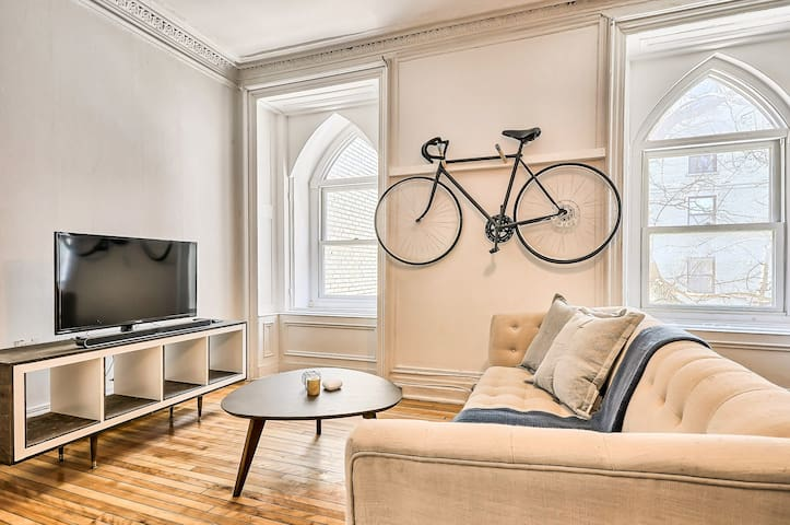 Charming Appartment Downtown Montreal