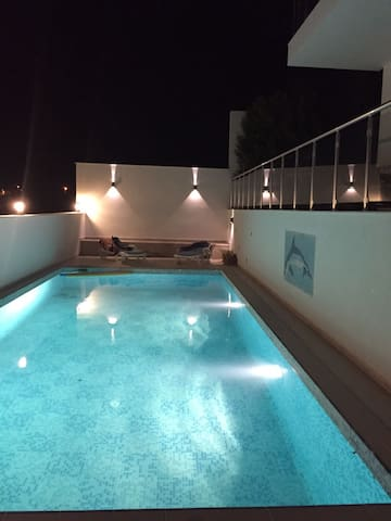 GREAT HOLIDAY HOUSE  WITH PRIVATE POOL & GARDEN 6 - Çeşme - Dům