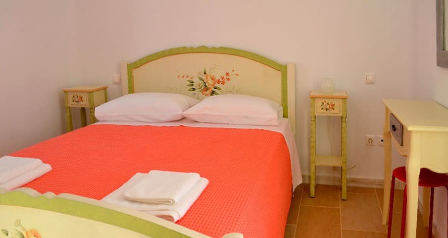 Apartments in traditional Pyrgos - Panormos