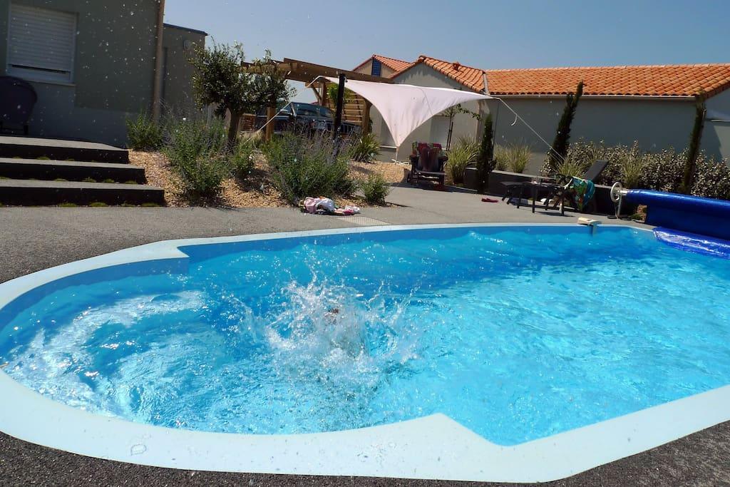 Genieten in het verwarmde privé zwembad