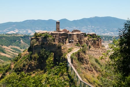 A most spectacular view in Civita  - Bed & Breakfast