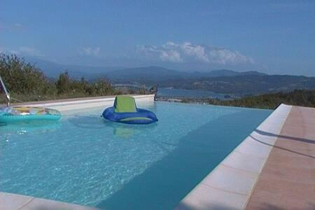 Gite familial avec terrasse vue lac - Barberino di Mugello