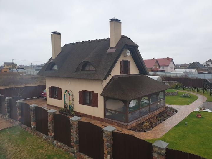 Дом под камышовой крышей