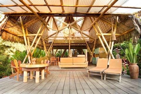 Osa Beachfront Bamboo House Casa Troya