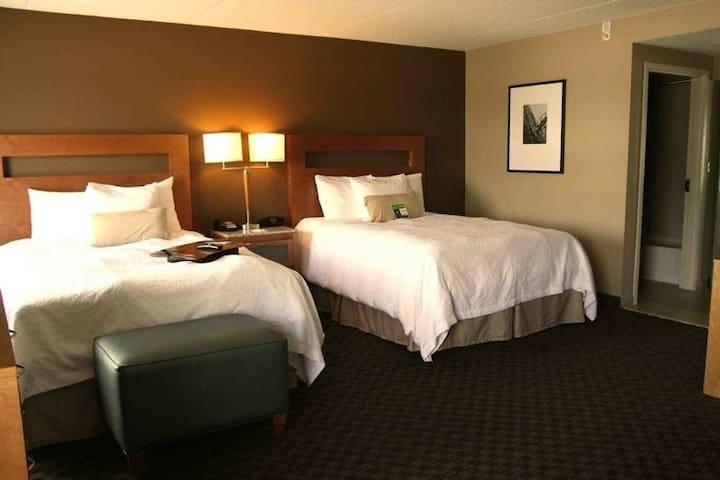 Pleasant Double Two Double Beds At Saint Louis Area