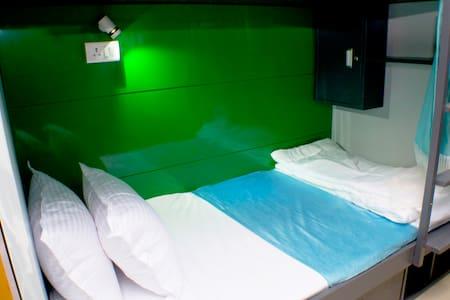 BKC Hostel Mumbai (Qube Stay) - มุมไบ