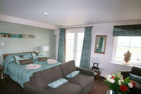 ULLSWATER SUITE Duplex Whitbarrow Holiday Village, Nr Ullswater - Ullswater - House