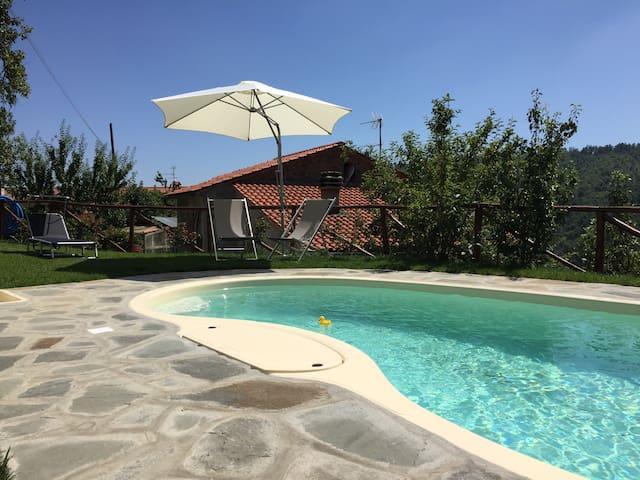 ..Il giardino di Lino.. - Pistoia - House