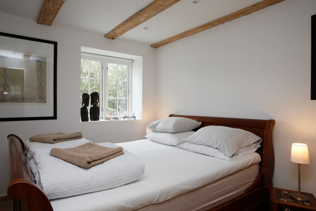 beautiful danish villa double room bed and breakfasts for rent in copenhagen denmark. Black Bedroom Furniture Sets. Home Design Ideas