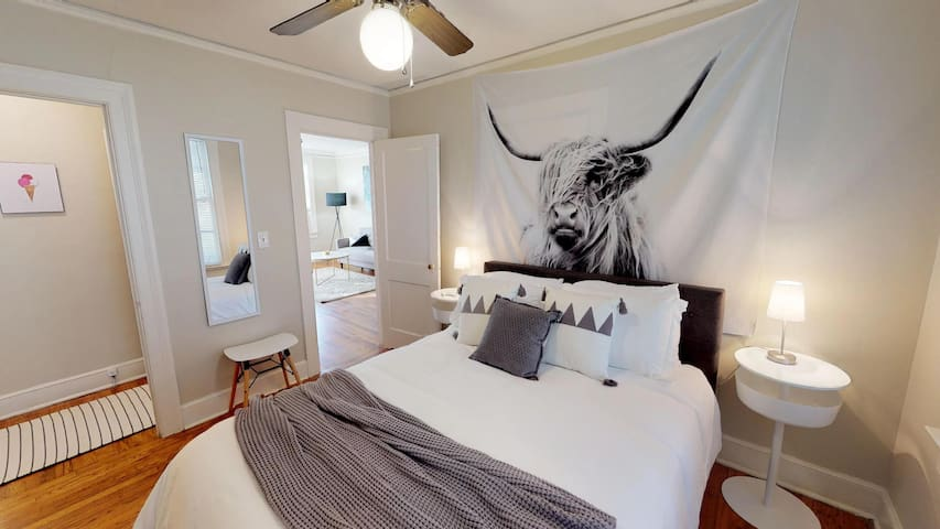 Guest Bedroom with Queen Bed.  All white linens with Safe Rest protective and comfortable undercover, for the cleanest stay!