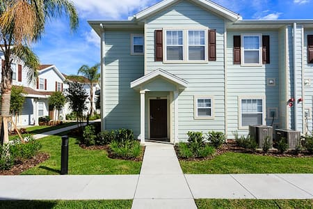 Lucaya Village 4BR Townhome LUC110 - Kissimmee - Haus