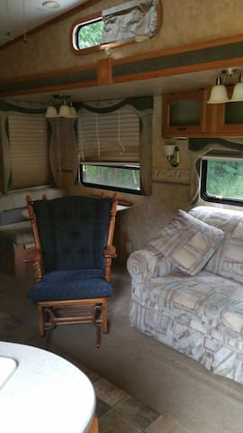 Very well maintained RV - Gore - Camper/RV