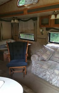 Very well maintained RV - Gore