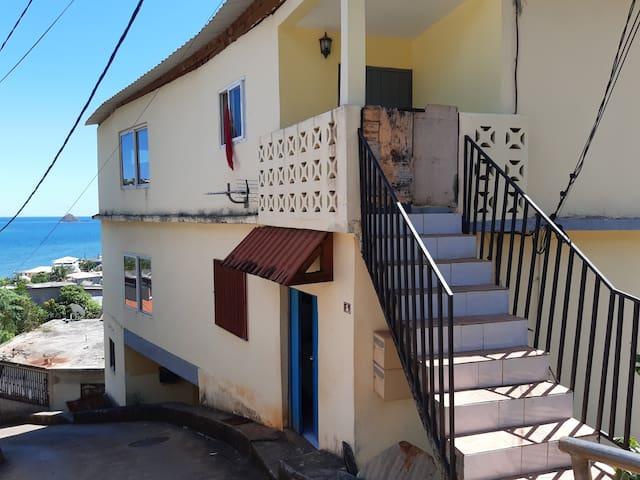Chiconi : maison avec vue