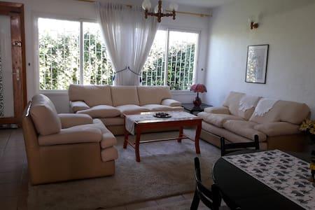 BELLE VILLA A SIDI BOUZID - Sidi Bouzid - House